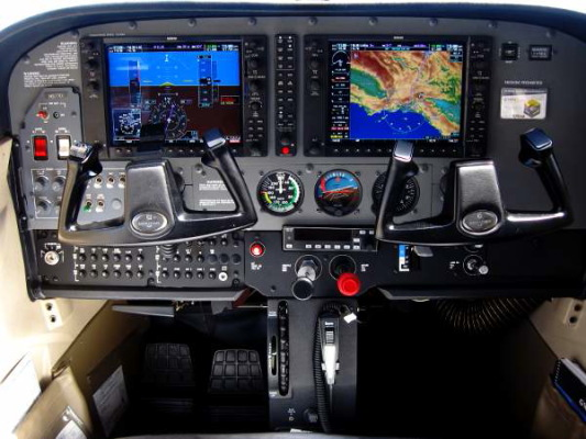 G1000 Aces high Aviation, Long Beach, CA,
